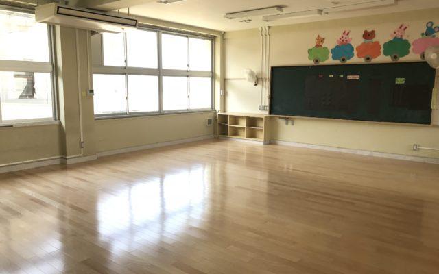 小学校教室床張替工事