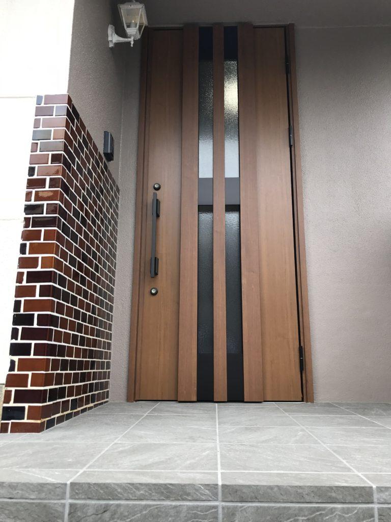 玄関ドア取替え